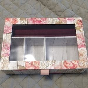 Other - Jewelry box with earring holder